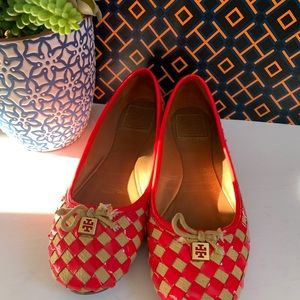 Tory Burch ballet flats hot pink and cream size 8